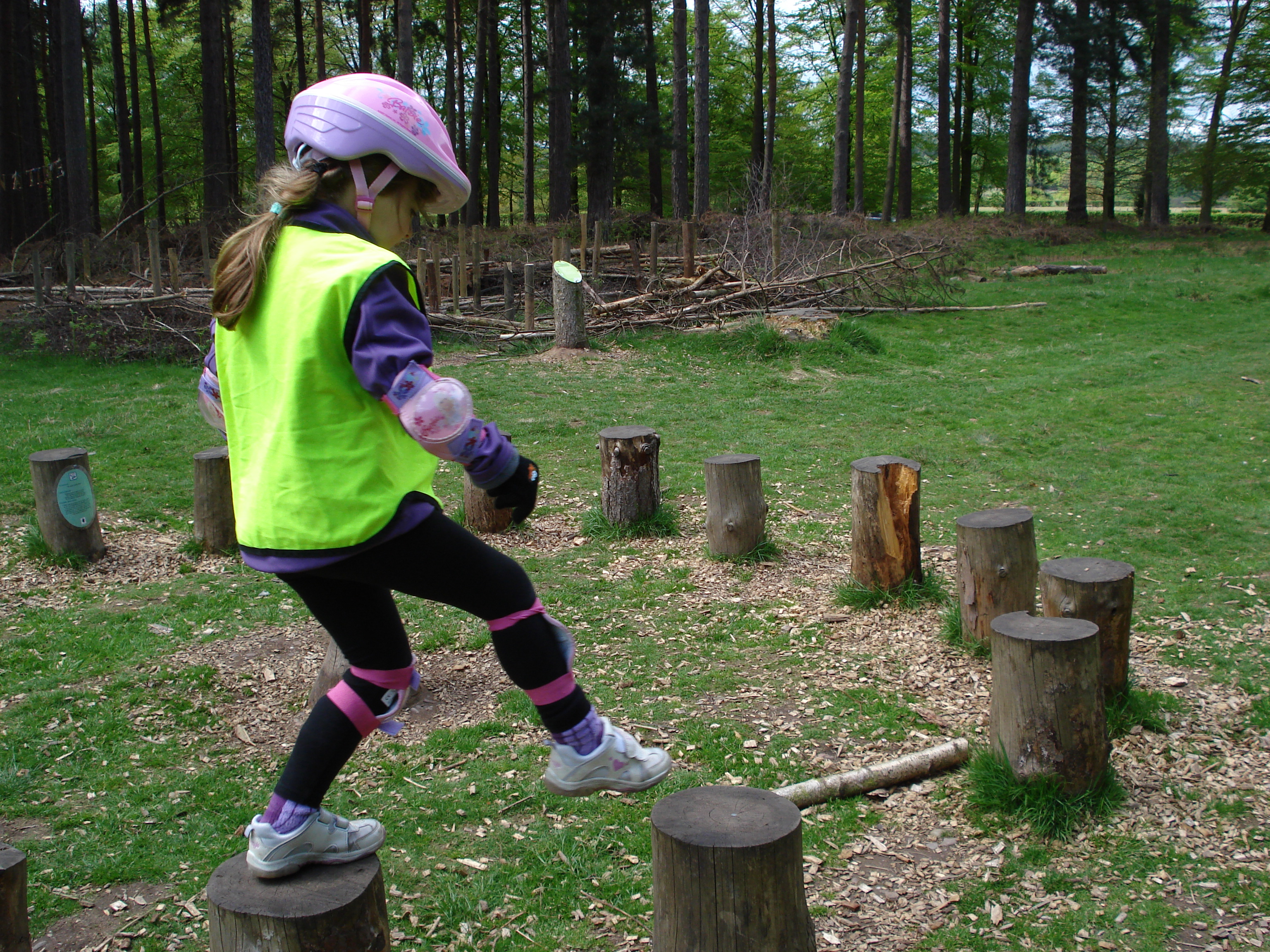 Junior Danny MacAskill in the making, soon she'll be doing it on a bike…