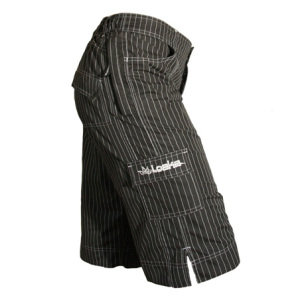 Loeka-Freeride-Shorts-Pinstripe-Side